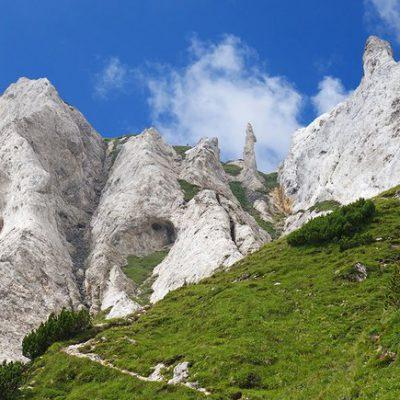 DOMENICA 12 LUGLIO escursione al Monte Corona m.2508 dalla Val Breguzzo